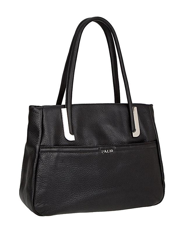 Сумка женская Palio, цвет: черный. 11840A-C211840A-C2Стильная сумка Palio выполнена из натуральной кожи с зернистой фактурой, оформлена металлической фурнитурой с символикой бренда. Сумка содержит одно отделение, которое закрывается на застежку-молнию. Внутри изделия расположен врезной карман на молнии и два накладных кармана для телефона и мелочей, карман-средник на молнии. Снаружи, в лицевой стенке сумки, размещен накладной карман на молнии. В тыльной стенке сумки размещен врезной карман на молнии. Изделие оснащено двумя практичными ручками, которые позволят носить сумку, как в руках, так и на плече. Ручки сумки дополнены фурнитурой из металла. Дно сумки оснащено металлическими ножками, которые защитят изделие от преждевременных повреждений. Оригинальный аксессуар позволит вам завершить образ и быть неотразимой.