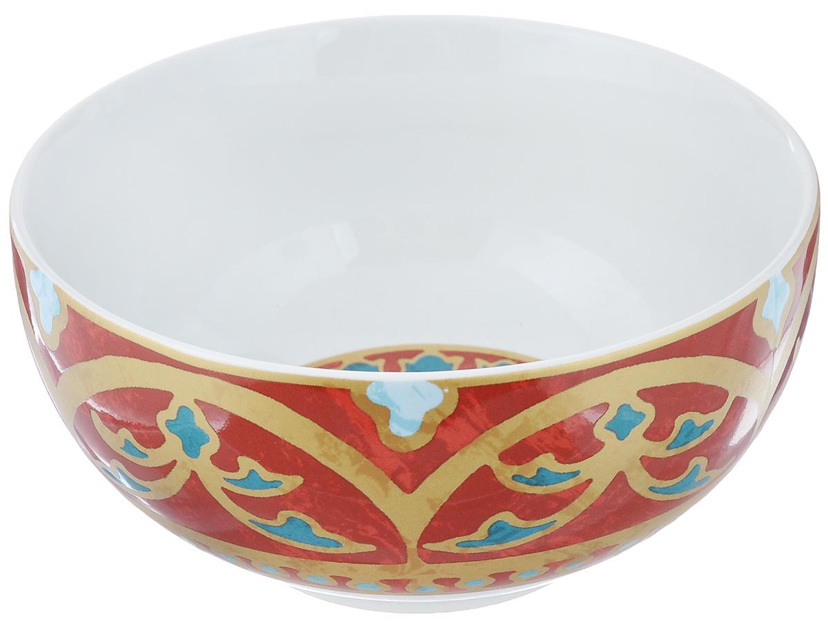 Салатница Utana Голден Палас, цвет: белый, коричневый, синий, диаметр 14 смUTGP17640Салатница Utana Голден Палас изготовлена из высококачественной керамики. Внешняя стенка и дно украшены изысканным узором. Такая салатница прекрасно подходит для холодных и горячих блюд: каш, хлопьев, супов, салатов. Она дополнит коллекцию вашей кухонной посуды и будет служить долгие годы. Яркая салатница станет украшением вашего стола и прекрасно подойдет для использования, как дома, так и на даче или пикниках. Можно использовать в микроволновой печи и посудомоечной машине. Диаметр салатницы по верхнему краю: 14 см. Высота стенки: 6,5 см.