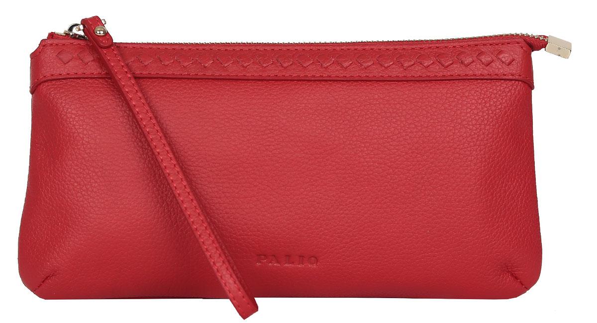 Косметичка женская Palio, цвет: красный. 13927A-33513927A-335 redЭлегантная косметичка Palio выполнена из натуральной кожи с зернистой фактурой и декоративной строчкой, оформлена клеймом с символикой бренда. Бегунок на молнии дополнен кожаной петлей. Изделие содержит одно основное отделение, которое закрывается на застежку-молнию и содержит врезной карман на молнии и накладной карман для всяких мелочей. Косметичка Palio вмесит в себя все самое необходимое и подчеркнет ваш неповторимый стиль.
