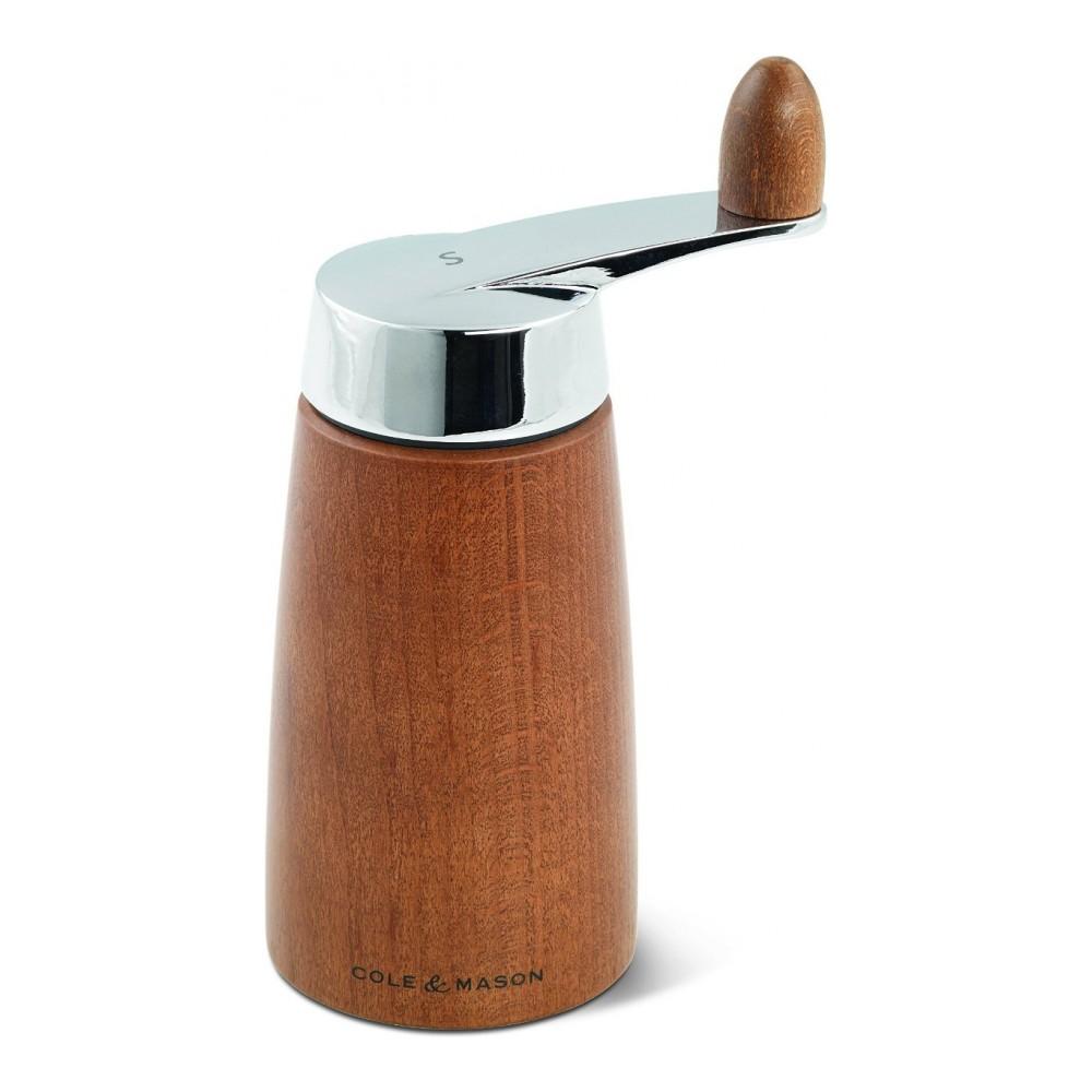 Мельница для соли Cole & Mason Morley Crank, высота 16,5 смH300722Мельница для соли Cole & Mason Morley Crank, изготовленная высококачественного дерева и нержавеющей стали, легка в использовании. Стоит только покрутить верхнюю часть мельницы за ручку, и вы с легкостью сможете посолить по своему вкусу любое блюдо. Механизм выполнен из керамики. Оригинальная мельница модного дизайна будет отлично смотреться на вашей кухне. Мельница уже содержит соль. Высота мельницы: 16,5 см. Диаметр основания: 6,8 см.