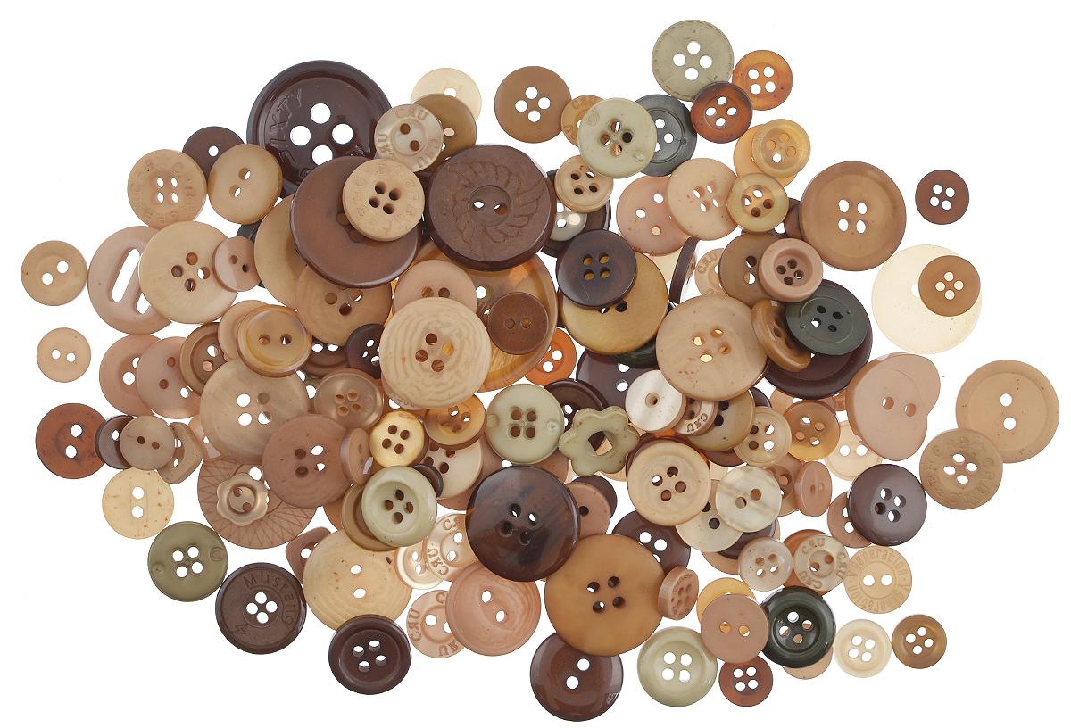Пуговицы декоративные Buttons Galore & More Color Blends, цвет: латте, 85 г. 77088797708879_ЛаттеНабор пуговиц для творчества и декорирования одежды Buttons Galore & More Color Blends изготовлен из высококачественного пластика. В набор входят пуговицы различных размеров и с разным количеством отверстий. Такие пуговицы подходят для любых видов творчества: скрапбукинга, декорирования, шитья, изготовления кукол, а также для оформления одежды. С их помощью вы сможете украсить открытку, фотографию, альбом, подарок и другие предметы ручной работы. Пуговицы имеют оригинальный и яркий дизайн. Средний диаметр пуговиц: 2 см.