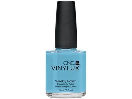 CND Винилюкс Профессиональный недельный лак VINYLUX, #102 Azure Wish, 15 мл9863Лак VINYLUX™ – это, в первую очередь, лак, отвечающий современным требованиям. Он маркирован значком 3Free, который говорит об отсутствии в его составе таких вредных компонентов, как дибутилфталат, толуол, формальдегид и его смол. Vinylux (винилюкс) - это двухступенчатая система нанесения лака, состоящая из цветного покрытия и закрепителя. Благодаря инновационной технологии ваш маникюр станет более совершенным, а процесс еего выполнения еще более быстрым. Больше не нужно использовать базу, самоклеющийся состав цветного покрытия не содержит вредных веществ и одновременно обеспечивает защиту вашим ногтям. Закрепитель позволяет лаку держаться на ногтях неделю без сколов и царапин. Vinylux высыхает за восемь с половиной минут и не требует использования UV-лампы. Сейчас насчитывается 62 модных цвета покрытия, включая более 30 цветов, которые совпадают с популярными оттенками CND Shellac. Новинка от CND Vinylux - это более стойкое, блестящее покрытие, которое держится неделю. Расход...