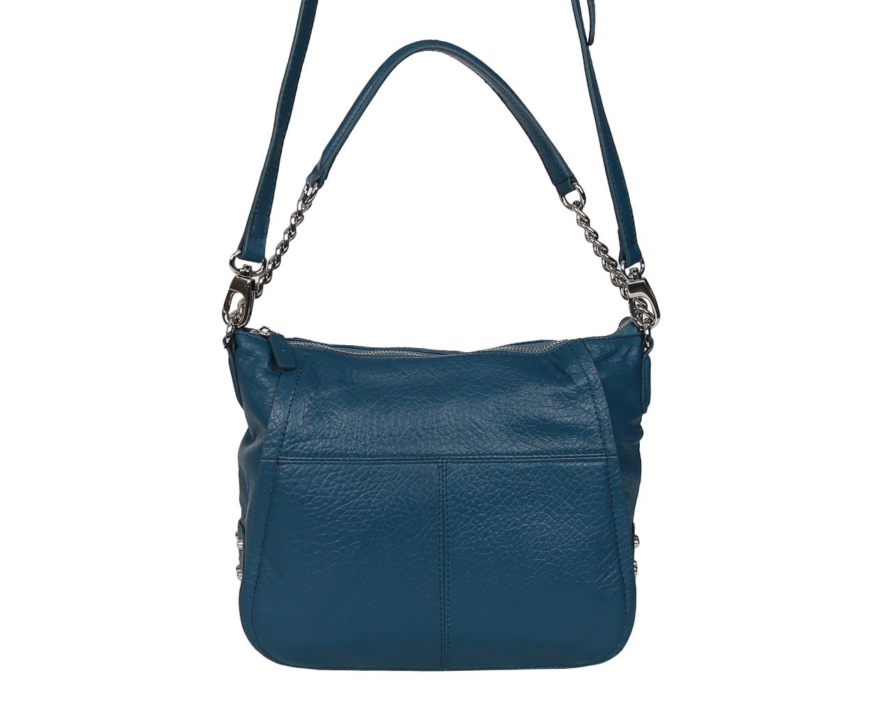 Сумка женская Fabretti, цвет: синий. F5202F5202-d.blueЭлегантная сумка Fabretti выполнена из натуральной кожи с зернистой фактурой, оформлена металлической фурнитурой. Изделие содержит отделение, которое закрывается на молнию. Внутри расположены два накладных кармана для телефона или всяких мелочей, врезной карман на молнии и карман-средник на молнии. Сумка оснащена практичной ручкой, которая крепится к основанию изделия при помощи металлической фурнитуры, и съемным плечевым ремнем, длина которого регулируется при помощи пряжки. Дно сумки оснащено металлическими ножками. Сумка Fabretti прекрасно дополнит образ и подчеркнет ваш неповторимый стиль.