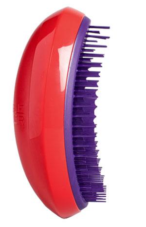 Tangle Teezer Расческа для волос Salon Elite Winter Berry370220Tangle Teezer Salon Elite Winter Berry Зимняя ягода - оригинальная профессиональная расческа для расчесывания волос, которая позволит вам с легкостью всего за одну минуту без рывков и напряжения расчесать мокрые, уязвимые или окрашенные волосы, не нарушая структуру волос и не причиняя себе дискомфорта.