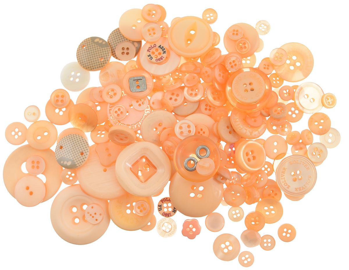 Пуговицы декоративные Buttons Galore & More Button Jars, цвет: оранжевый, 115 г. 77088827708882_ОранжевыйНабор пуговиц для творчества и декорирования одежды Buttons Galore & More Button Jars изготовлен из высококачественного пластика. В набор входят пуговицы различных размеров и с разным количеством отверстий. Такие пуговицы подходят для любых видов творчества: скрапбукинга, декорирования, шитья, изготовления кукол, а также для оформления одежды. С их помощью вы сможете украсить открытку, фотографию, альбом, подарок и другие предметы ручной работы. Пуговицы имеют оригинальный и яркий дизайн. Средний диаметр пуговиц: 1,7 см.