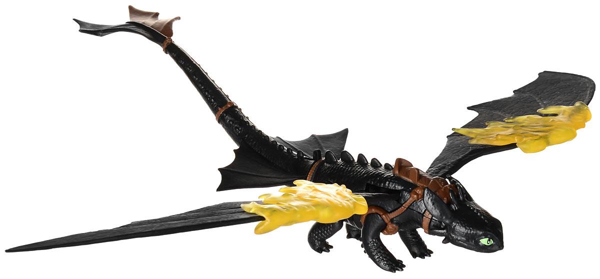 Dragons Фигурка Toothless66550_20067248Фигурка Dragons Toothless непременно придется по душе вашему ребенку. Игрушка выполнена в виде дракона Toothless из популярного мультфильма Как приручить дракона. Крылья и хвост дракона подвижны, а его накладные огненные крылья приведут в ужас любого противника! С драконом можно организовать настоящее сражение, ведь эти умелые бойцы снабжены всем необходимым для настоящей схватки с противником! Благодаря фигурке Dragons Toothless ваш ребенок с удовольствием будет проигрывать любимые сцены из мультфильма или придумывать свои истории! В комплект входит: дракон, огненные крылья.