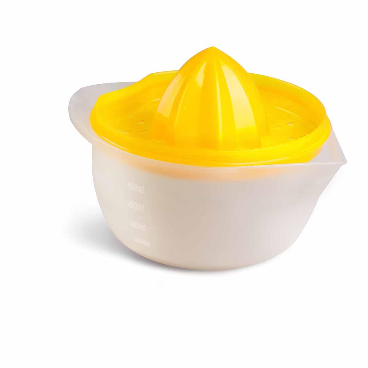 Соковыжималка Идея Цитрус, цвет: желтый, прозрачный, 400 млCTR-01Ручная соковыжималка Идея Цитрус представляет собой емкость для сока с ручкой и съемным фильтром для процеживания сока. Изделие выполнено из высококачественного пищевого пластика. Подходит для отжима лимонов, апельсинов и других цитрусовых. Емкость имеет отметки литража. Удобная ручка и носик позволяют удобно выливать готовый сок в стакан. Соковыжималка Идея Цитрус - компактный и функциональный прибор, который пригодится на любой кухне. Объем: 400 мл. Общая высота соковыжималки: 8 см. Диаметр емкости (по верхнему краю): 12 см. Высота стенки емкости: 6 см.