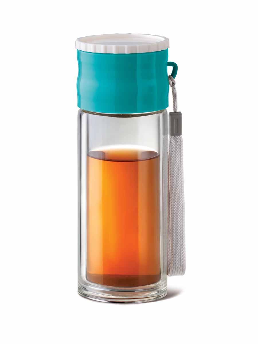Чайник APOLLO Adventure 260млADV-01Чайник Apollo Adventure прекрасно подходит для заваривания чая, кофе и травяных настоев. Он изготовлен из двойного термостойкого стекла, имеет крышку силиконовой накладкой и текстильную ручку для удобства переноски. Двойное стекло исключает опасность ожогов и более стойко к механическим повреждениям, чем обычное стекло. Чайник Apollo Adventure станет ярким и необычным подарком для людей, ведущих активный образ жизни.