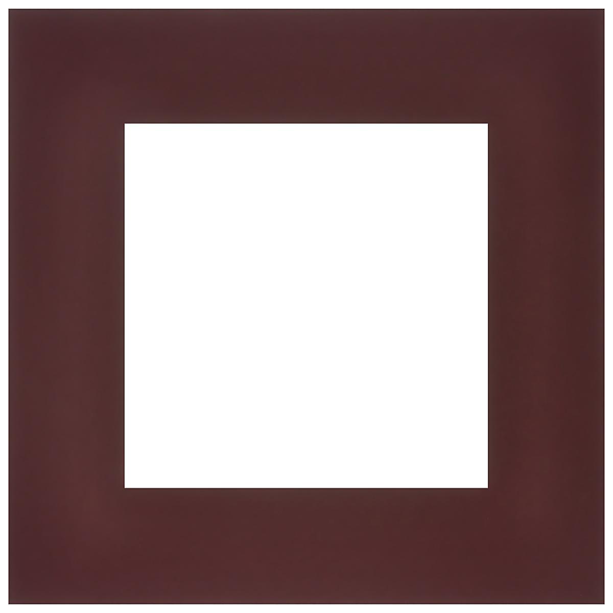 Паспарту Василиса, цвет: темно-бордовый, 20 см х 20 см549624Паспарту Василиса, изготовленное из плотного картона, предназначено для оформления художественных работ и фотографий. Оно располагается между багетной рамой и изображением, делая акцент на фотографии, усиливая ее визуальное восприятие. Кроме того, на паспарту часто располагают поясняющие подписи, автограф изображенного. Внешний размер: 20 см х 20 см. Внутренний размер: 12 см х 12 см.