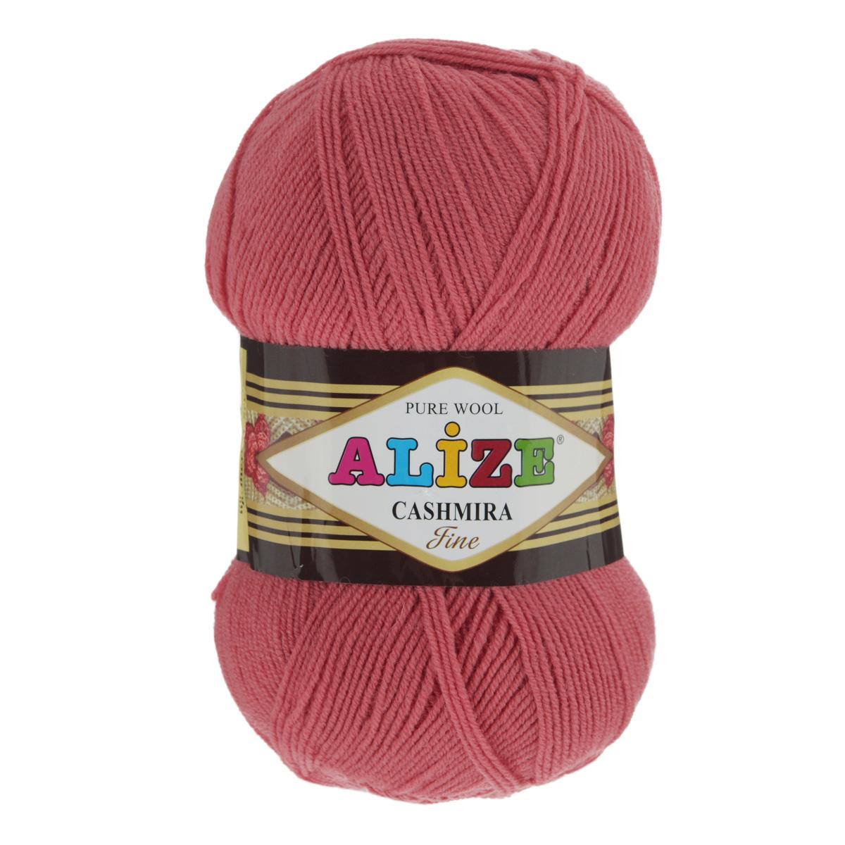 Пряжа для вязания Alize Cashmira, цвет: коралловый (38), 300 м, 100 г, 5 шт364009_38Пряжа для вязания Alize Cashmira изготовлена из 100% шерсти. Пряжа упругая, эластичная, тёплая, уютная и не колется, что очень подходит для детей. Тоненькая нитка прекрасно подойдет для вязки демисезонных вещей. Пряжа легко распускается и перевязывается несколько раз, не деформируясь и не влияя на вид изделия. Натуральная шерстяная нить, обеспечивает изделию прекрасную форму. Рекомендуется ручная стирка при температуре 30°C. Рекомендуемый размер спиц 3-5 мм и крючка 2-4 мм. Толщина нити: 3 мм.