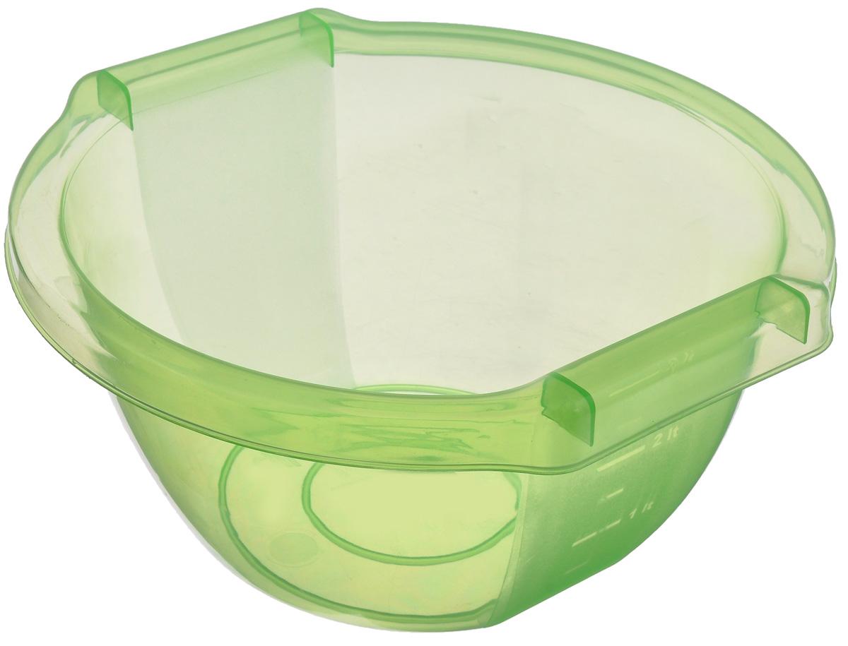 Чаша Альтернатива Стиль, цвет: зеленый, 3 лМ506_зеленыйЧаша Альтернатива Стиль изготовлена из высококачественного пластика и подходит для повседневного использования. Сбоку имеется мерная шкала. Чаша оснащена удобными ручками. Чаша отлично подойдет для овсяных хлопьев, фруктов, риса или замешивания теста. Также в ней можно приготовить салаты. Практичный дизайн чаши подойдет практически для любого случая. Размер чаши: 24,5 см х 25,5 см 12,5 см. Объем чаши: 3 л.