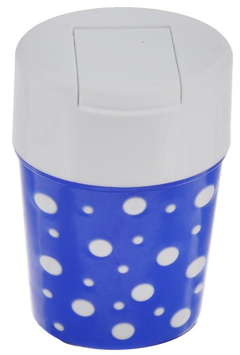 Солонка Альтернатива Горошек, цвет: белый, синий, 5,5 х 4,5 х 8 смM3814_белый, синийСолонка Альтернатива Горошек изготовлена из пластика. Она легка в использовании, стоит только открыть крышку, и вы с легкостью сможете посолить по своему вкусу любое блюдо. Солонка такого дизайна будет отлично смотреться на вашей кухне.