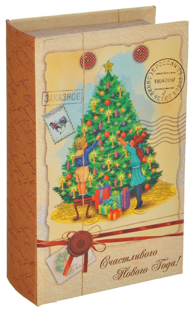 Шкатулка декоративная Новогоднее письмо, цвет: светло-желтый, коричневый, зеленый, 17 см х 11см х 5 см38468Яркая декоративная шкатулка Новогоднее письмо, выполненная из МДФ, не оставит равнодушным ни одного любителя оригинальных вещей. Изделие украшено оригинальном рисунком и закрывается на магнит. Такая шкатулка украсит интерьер вашей комнаты и станет не только декоративным, но и практичным аксессуаром - ее можно использовать для хранения украшений и мелочей.