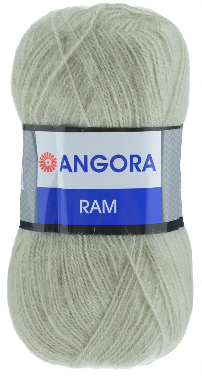 Пряжа для вязания YarnArt Angora Ram, цвет: серый средний (321), 500 м, 100 г, 5 шт372037_321Пряжа для вязания YarnArt Angora Ram изготовлена из натурального мохера с добавлением акрила. Пряжа из такого материала обладает повышенной прочностью и эластичностью, а изделия получаются теплые и уютные. Скрутка нити плотная, равномерная, не расслаивается, не путается, хорошо скользит по спицам, вяжется очень легко. Петли выглядят аккуратно, а натуральный мохер обеспечивает теплоту, легкость и превосходный внешний вид. Нить можно комбинировать с полушерстяными пряжами для смягчения рисунка, придания благородной пушистости фактуре нити, а также для улучшения тепловых характеристик. Благодаря содержанию синтетических волокон, изделия из YarnArt Angora Ram устойчивы к скатыванию, а благодаря своей мягкости такая пряжа подходит для детских вещей. Ажурные вещи сохраняют тепло не хуже плотного вязания, оставаясь легкими и объемными. Рекомендуемый размер спиц: №4. Примерный расход пряжи на джемпер: S - 400 г, M - 500 г, L - 600 г. Состав: 40%...