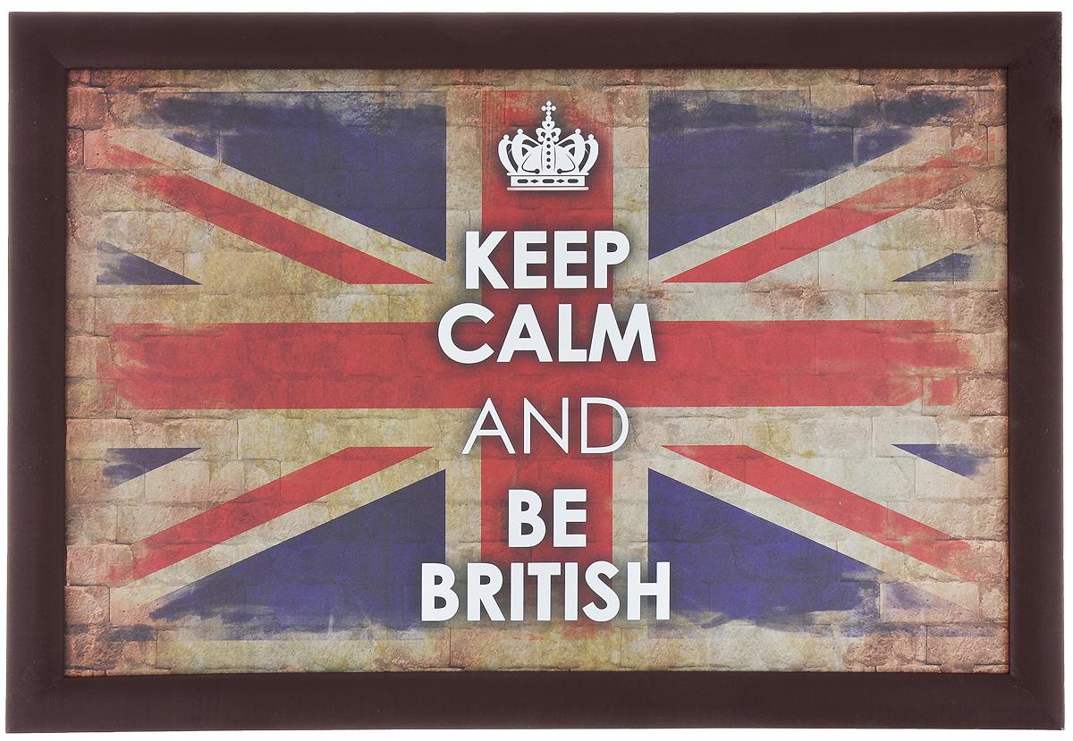 Поднос-столик Феникс-презент Британский флаг, с мягким основанием, 41 см х 28 см33147Поднос-столик Феникс-презент Британский флаг, изготовленный из дерева ( столешница из МДФ, рамка из сосны), оформлен ярким изображением британского флага. Он удобен для приема пищи и работы с ноутбуком. Изделие имеет мягкое основание в виде подушки, изготовленной из полиэстера и текстиля. Основание наполнено пенополистиролом. Подушка столика принимает форму поверхности и его удобно ставить на колени или диван.