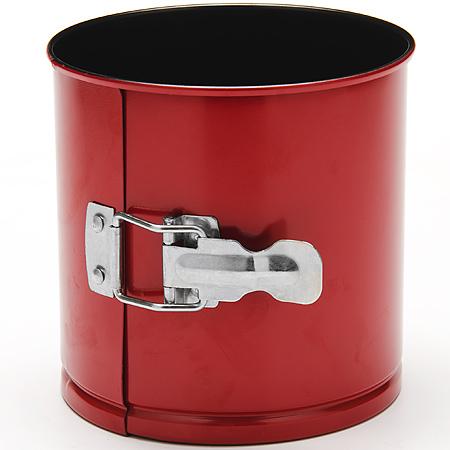 24290 Форма для выпечки кулича 16х13см LR (х12)24290Форма для выпечки кулича Материал: углеродистая сталь с антипригарным покрытием. Толщина стенок:: 0,5 см. Размер: 16 х 13 см Количество: 1 предмета Вес: 325 г Форма для выпечки Mayer & Boch изготовлена из высококачественной углеродистой стали. Она имеют антипригарное покрытие, которое препятствует пригоранию и обеспечивает легкую очистку после использования. Форма легко разбираются при помощи специального механизма, что облегчает приготовление выпечки.С такой формой вы всегда сможете порадовать своих близких оригинальной выпечкой.