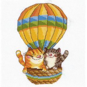 Набор для вышивания На воздушном шаре, 12 см х 17 см580821Красивый и стильный рисунок-вышивка, выполненный на канве, выглядит оригинально и всегда модно. В наборе для вышивания На воздушном шаре есть все необходимое для создания собственного чуда. В набор входит: - канва Aida Bestex 14, - мулине Гамма (хлопок) - 18 цветов, - цветная символьная схема, - инструкция по вышиванию, - органайзер с образцами цветов нитей, - игла. Техника вышивания - счетный крест. Работа, сделанная своими руками, создаст особый уют и атмосферу в доме и долгие годы будет радовать вас и ваших близких. А подарок, выполненный собственноручно, станет самым ценным для друзей и знакомых.