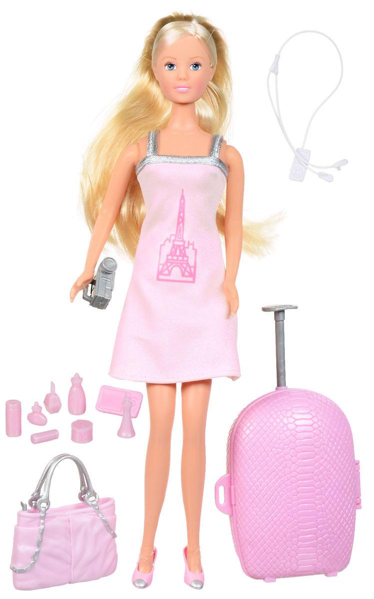 Simba Игровой набор с куклой Штеффи с чемоданом5730283Игровой набор Simba Штеффи с чемоданом надолго займет внимание вашей малышки и подарит ей множество счастливых мгновений. Кукла Штеффи изготовлена из пластика, ее голова, ручки и ножки подвижны, что позволяет придавать ей разнообразные позы. В комплект входят разнообразные аксессуары для веселого путешествия - открывающийся чемодан на колесиках, сумка, видеокамера, смартфон, плеер и 7 флакончиков разной формы. Куколка одета в удобное и стильное платье, украшенное принтом в виде стилизованного изображения Эйфелевой башни. Наряд дополняют розовые туфельки. Чудесные длинные волосы куклы так весело расчесывать и создавать из них всевозможные прически, плести косички, жгутики и хвостики. Благодаря играм с куклой, ваша малышка сможет развить фантазию и любознательность, овладеть навыками общения и научиться ответственности, а дополнительные аксессуары сделают игру еще увлекательнее. Порадуйте свою принцессу таким прекрасным подарком!