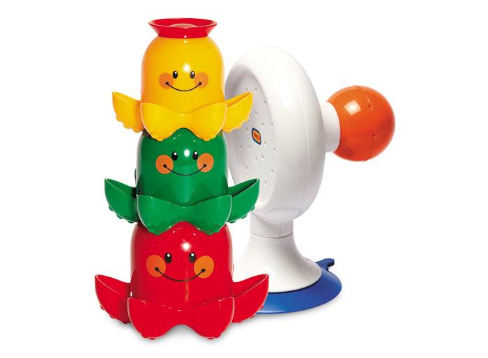 Tolo Classic Игрушка для ванной Осьминожки89535Осьминожки для ванной Tolo toys - это 3 забавных осьминожки разного цвета и размера и душик на присоске. Все осьминожки разного размера: красный - самый большой, зеленый - средний, а желтый - самый маленький. Осьминожек можно вставлять друг в друга или построить из них пирамидку. На голове у каждого из них оригинальная разноцветная шляпка с отверстиями различной формы. Набирая в осьминога водичку, малыш сможет наблюдать как она вытекает через шляпку. Из душика весело льются струйки воды, если поливать его сверху или установить под краном. Разноцветные осьминожки также могут плавать в воде. В песочнице их можно использовать в качетсве формочек. Идеальная игрушка для ванной, пляжа или сада. Присоска надежно закрепляет игрушку на стенке ванны. Игра развивает мелкую моторику, цветовое восприятие, логическое мышление ребенка.
