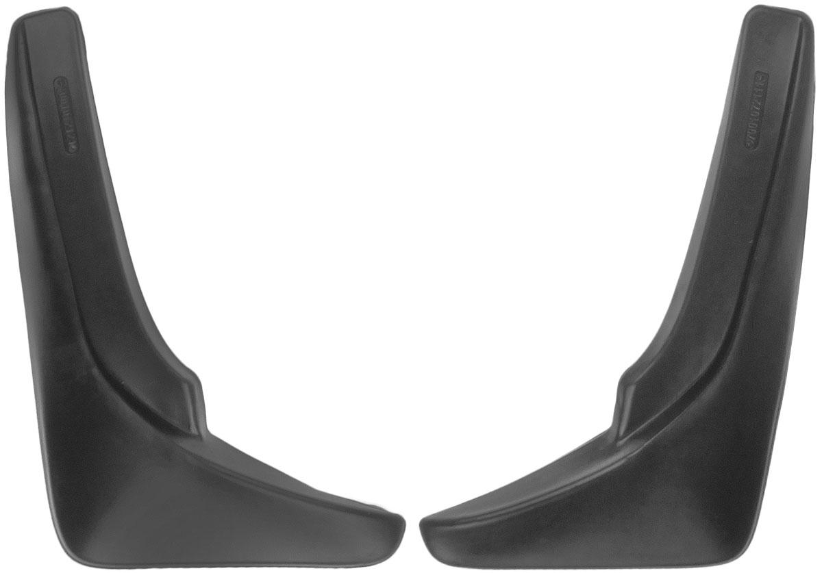 Комплект брызговиков передних L.Locker, для Volkswagen Touareg (10-), 2 шт7001072151Брызговики L.Locker изготовлены из высококачественного полимера. Уникальный состав брызговиков допускает их эксплуатацию в широком диапазоне температур: от -50°С до +80°С. Эффективно защищают кузов автомобиля от грязи и воды - формируют аэродинамический поток воздуха, создаваемый при движении вокруг кузова таким образом, чтобы максимально уменьшить образование грязевой измороси, оседающей на автомобиле. Разработаны индивидуально для каждой модели автомобиля, с эстетической точки зрения брызговики являются завершением колесной арки. Крепления в комплекте.