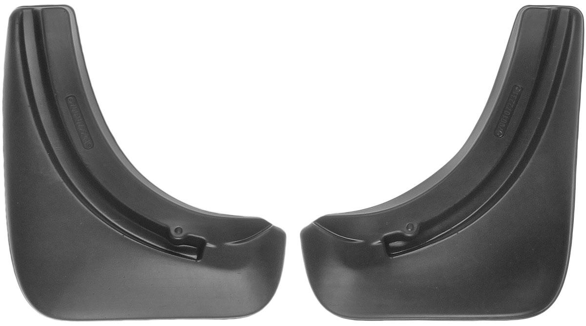 Комплект брызговиков задних L.Locker, для Volkswagen Touareg (02-10), 2 шт7001072261Брызговики L.Locker изготовлены из высококачественного полимера. Уникальный состав брызговиков допускает их эксплуатацию в широком диапазоне температур: от -50°С до +80°С. Эффективно защищают кузов автомобиля от грязи и воды - формируют аэродинамический поток воздуха, создаваемый при движении вокруг кузова таким образом, чтобы максимально уменьшить образование грязевой измороси, оседающей на автомобиле. Разработаны индивидуально для каждой модели автомобиля, с эстетической точки зрения брызговики являются завершением колесной арки. Крепления в комплекте.