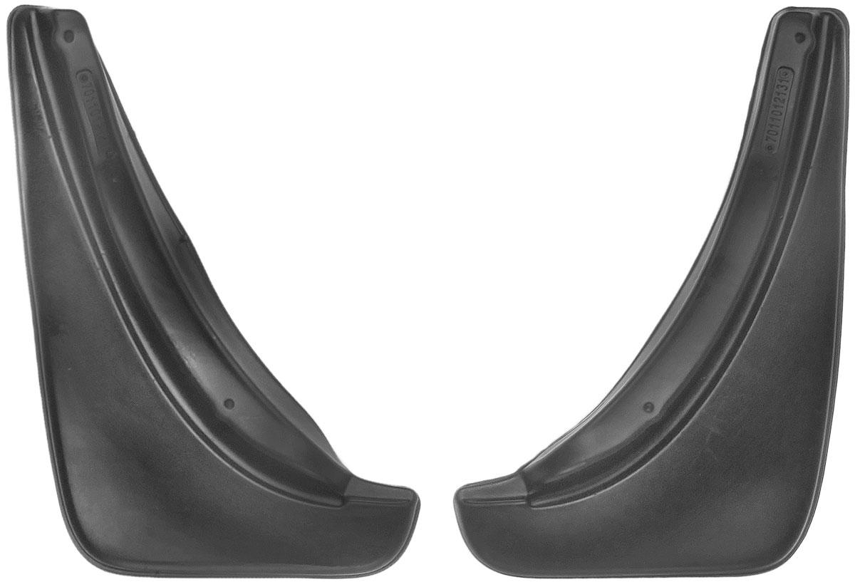 Комплект задних брызговиков L.Locker, для Opel Astra J (09-), 2 шт7011012161Комплект L.Locker состоит из 2 задних брызговиков, изготовленных из высококачественного полиуретана. Уникальный состав брызговиков допускает их эксплуатацию в широком диапазоне температур: от -50°С до +50°С. Изделия эффективно защищают кузов автомобиля от грязи и воды, формируют аэродинамический поток воздуха, создаваемый при движении вокруг кузова таким образом, чтобы максимально уменьшить образование грязевой измороси, оседающей на автомобиле. Разработаны индивидуально для каждой модели автомобиля. С эстетической точки зрения брызговики являются завершением колесных арок. Установка брызговиков достаточно быстрая. В комплект входят необходимые крепежи и инструкция на русском языке. Комплект подходит для моделей с 2009 года выпуска. Комплектация: 2 шт. Размер брызговика: 36 см х 22 см х 3 см.