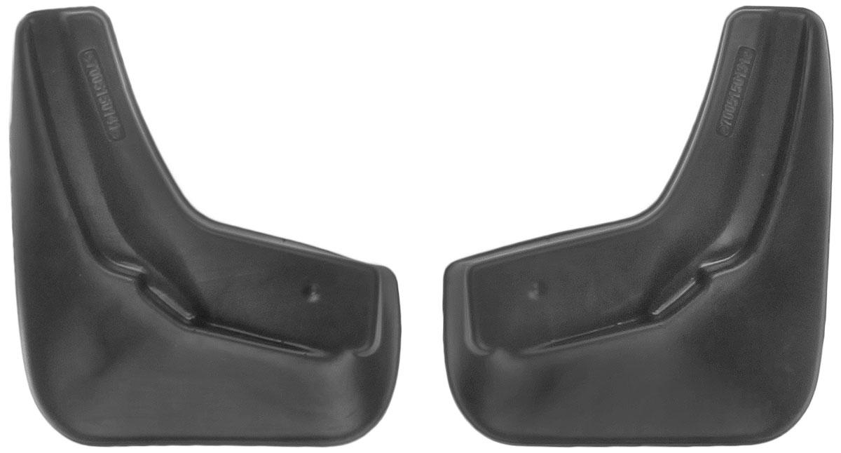 Комплект задних брызговиков L.Locker, для Nissan Sentra VII (B17) (12-), 2 шт7005150161Комплект L.Locker состоит из 2 задних брызговиков, изготовленных из высококачественного полиуретана. Уникальный состав брызговиков допускает их эксплуатацию в широком диапазоне температур: от -50°С до +50°С. Изделия эффективно защищают кузов автомобиля от грязи и воды, формируют аэродинамический поток воздуха, создаваемый при движении вокруг кузова таким образом, чтобы максимально уменьшить образование грязевой измороси, оседающей на автомобиле. Разработаны индивидуально для каждой модели автомобиля. С эстетической точки зрения брызговики являются завершением колесных арок. Установка брызговиков достаточно быстрая. В комплект входят необходимые крепежи и инструкция на русском языке. Комплект подходит для моделей с 2012 года выпуска. Комплектация: 2 шт. Размер брызговика: 23 см х 26 см х 3 см.