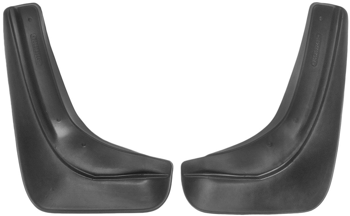 Комплект задних брызговиков L.Locker, для Ford Focus II hb (05-), 2 шт7002022461Комплект L.Locker состоит из 2 задних брызговиков, изготовленных из высококачественного полиуретана. Уникальный состав брызговиков допускает их эксплуатацию в широком диапазоне температур: от -50°С до +50°С. Изделия эффективно защищают кузов автомобиля от грязи и воды, формируют аэродинамический поток воздуха, создаваемый при движении вокруг кузова таким образом, чтобы максимально уменьшить образование грязевой измороси, оседающей на автомобиле. Разработаны индивидуально для каждой модели автомобиля. С эстетической точки зрения брызговики являются завершением колесных арок. Установка брызговиков достаточно быстрая. В комплект входят необходимые крепежи и инструкция на русском языке. Комплект подходит для моделей с 2005 года выпуска. Комплектация: 2 шт. Размер брызговика: 25 см х 36 см х 3 см.