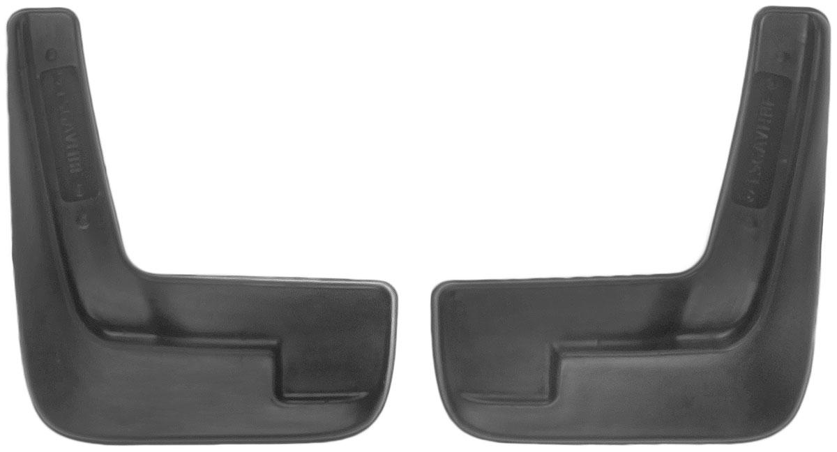 Комплект передних брызговиков L.Locker, для Chevrolet Aveo II sd (12-), 2 шт7007012551Комплект L.Locker состоит из 2 передних брызговиков, изготовленных из высококачественного полиуретана. Уникальный состав брызговиков допускает их эксплуатацию в широком диапазоне температур: от -50°С до +50°С. Изделия эффективно защищают кузов автомобиля от грязи и воды, формируют аэродинамический поток воздуха, создаваемый при движении вокруг кузова таким образом, чтобы максимально уменьшить образование грязевой измороси, оседающей на автомобиле. Разработаны индивидуально для каждой модели автомобиля. С эстетической точки зрения брызговики являются завершением колесных арок. Установка брызговиков достаточно быстрая. В комплект входят необходимые крепежи и инструкция на русском языке. Комплект подходит для моделей с 2012 года выпуска. Комплектация: 2 шт. Размер брызговика: 22 см х 25 см х 3 см.