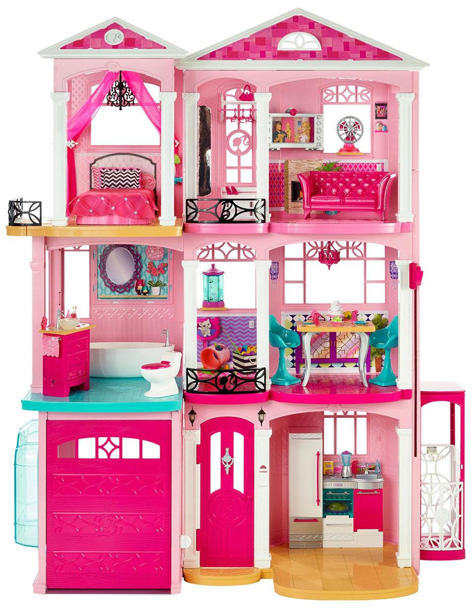 Barbie Новый дом мечтыCJR47Кукольный дом Barbie Дом мечты приведет в восторг вашу малышку и предоставит ей широкий простор для фантазии и игр. В комплект входит сборный дом для Барби, а также множество аксессуаров и мебели: диван, 2 стульчика, бассейн, ванна, комод, унитаз, кухонный гарнитур с холодильником и духовкой, кровать, подушка, 2 шторки, покрывало, скатерть, аквариум, вентилятор, раковина, коврик, телевизор, тумбочка, полочка, 2 лотка, решетка для газовой плиты, 4 зажима для штор, чайник, блендер, блюдо с яблоками, лоток с салатом, коробка с яйцами, сковорода, 4 тарелки, подставка для торта, торт, 2 стакана, кубок, 4 бокала с коктейлями, 3 бутылки, ваза с растением, коробка молока, коробка для бумажных салфеток, жидкое мыло, пульт дистанционного управления, 2 вазочки с мороженым, чайник, 2 зубные щетки, 4 вилки, 4 ножа, 4 ложки, мочалка, лопатка, 3 конверта, поднос с печеньем, 3 люстры, крючок для люстры, 3 вешалки, планшетный компьютер, блюдо с вафлями, блюдо с индейкой, ...