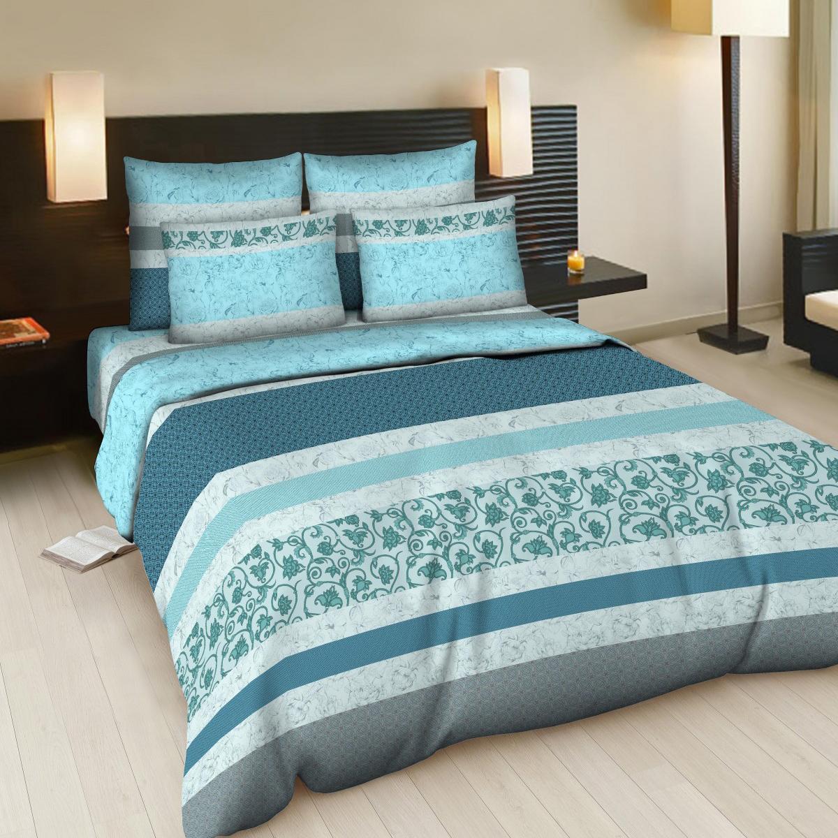 Комплект белья Letto Карнелия, евро, наволочки 70х70, цвет: голубой, серый, синийВ83-6Комплект постельного белья Letto Карнелия выполнен из бязи (100% натурального хлопка). Комплект состоит из пододеяльника, простыни и двух наволочек. Постельное белье оформлено ярким красочным рисунком. Гладкая структура делает ткань приятной на ощупь, мягкой и нежной, при этом она прочная и хорошо сохраняет форму. Благодаря такому комплекту постельного белья вы сможете создать атмосферу роскоши и романтики в вашей спальне.