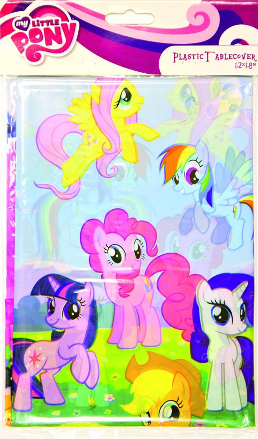 Amscan Скатерть My Little Pony 120 см х 180 см1502-1330Скатерть My Little Pony органично впишется в интерьер кухни, или детской, а яркий рисунок обязательно понравится вашему ребенку. Изделие очень практичное, так как выполнено из полиэтилена. Скатерть поможет создать атмосферу уюта и домашнего тепла в интерьере вашей кухни, а также станет настоящим украшением праздничного стола.