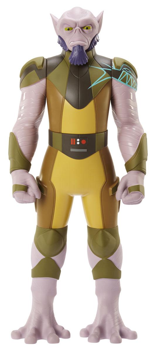 Star Wars Фигурка Зеб Оррелиос835720Фигурка Star Wars Зеб Оррелиос выполнена в виде культового персонажа фантастической киноэпопеи Звездные Войны. Зеб Оррелиос, представитель расы ласатов - это герой, который запомнился всем поклонникам Star Wars по анимационному сериалу Звездные войны: Повстанцы. Игрушка изготовлена из качественного цветного пластика, имеет подвижные части: голова поворачивается, руки и ноги двигаются, вращаются кисти рук. Фигурка понравится как детям, так и взрослым коллекционерам, она станет отличным сувениром, а также займет достойное место в коллекции любого поклонника знаменитой космической саги.