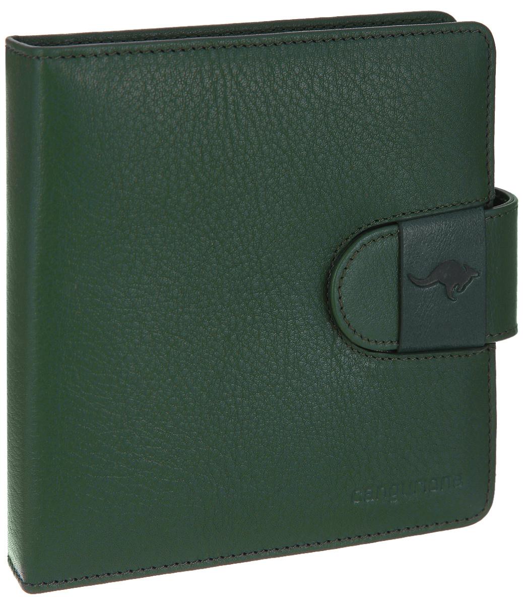 Визитница Cangurione, цвет: зеленый. 3197-0093197-009 A/GreenСтильная визитница Cangurione выполнена из натуральной кожи с зернистой фактурой, оформлена клеймом с символикой бренда. Изделие раскладывается пополам и закрывается хлястиком. Внутри размещены два боковых сетчатых кармана и вкладыш с файлами на 40 кредитных карт или 80 визиток. Изделие поставляется в фирменной упаковке. Оригинальная визитница Cangurione станет отличным подарком для человека, ценящего качественные и практичные вещи.