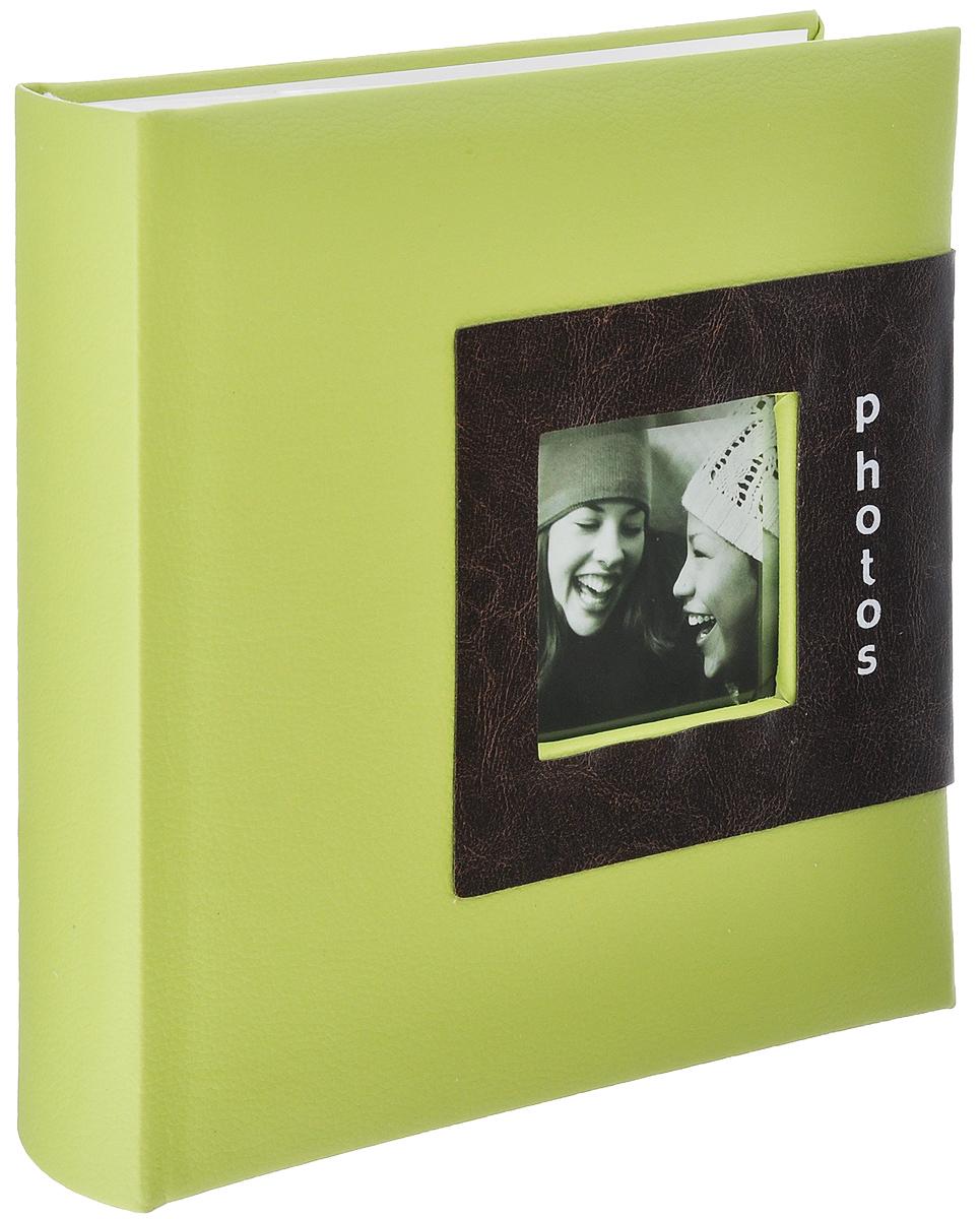 Фотоальбом Image Art, цвет: салатовый, 200 фотографий, 10 x 15 см C0039252C0039252_салатовыйФотоальбом Image Art поможет красиво оформить ваши фотографии. Обложка выполнена из толстого картона с обивкой из искусственной кожи. Внутри содержится блок из 50 белых листов с фиксаторами-окошками из полипропилена. Альбом рассчитан на 200 фотографий формата 10 см х 15 см (по 2 фотографии на странице). Для фотографий предусмотрено поле для записей. Переплет - книжный. Нам всегда так приятно вспоминать о самых счастливых моментах жизни, запечатленных на фотографиях. Поэтому фотоальбом является универсальным подарком к любому празднику. Количество листов: 50.