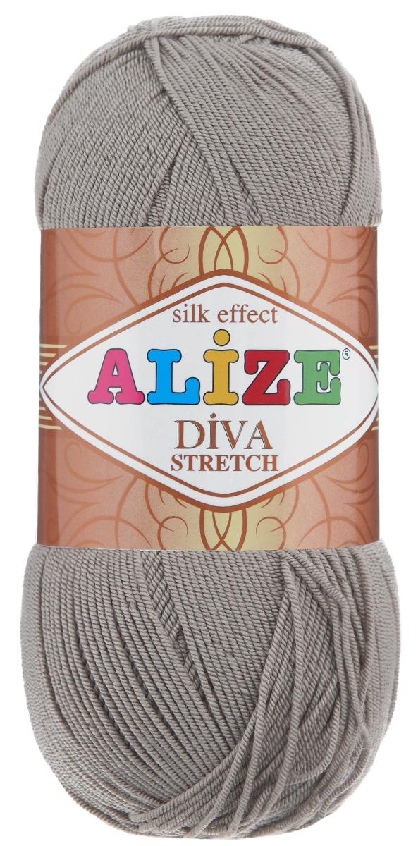 Пряжа для вязания Alize Diva Stretch, цвет: бежевый (167), 400 м, 100 г, 5 шт367021_167Легкая пряжа Alize Diva Stretch изготовлена из микрофибры с добавлением ПБТ эластика. Пряжа не выгорает на солнце и не линяет. Готовые изделия из этой пряжи быстро сохнут, после намокания практически не деформируются. Эластичная пряжа Diva Stretch обладает поистине уникальными характеристиками. Она мягкая, тонкая и в то же время прочная, она легко ложится в приятное на ощупь, упругое, тянущееся, но сохраняющее свою форму полотно и отлично смотрится в узорах. Изделия, связанные из этой пряжи, прекрасно держат форму и не растягиваются. Пряжа стрейч. Готовое изделие из пряжи Alize Diva Stretch после первой стирки слегка садится. Поэтому, перед тем, как начать работать с этой нитью, рекомендуется связать образец, постирать и высушить его, выяснить степень усадки и только потом, с учетом этих данных, делать расчет петель. Рекомендуемый размер спиц: 2-3,5 мм. Рекомендуемый размер крючка: 1-3 мм. Состав: 92%...