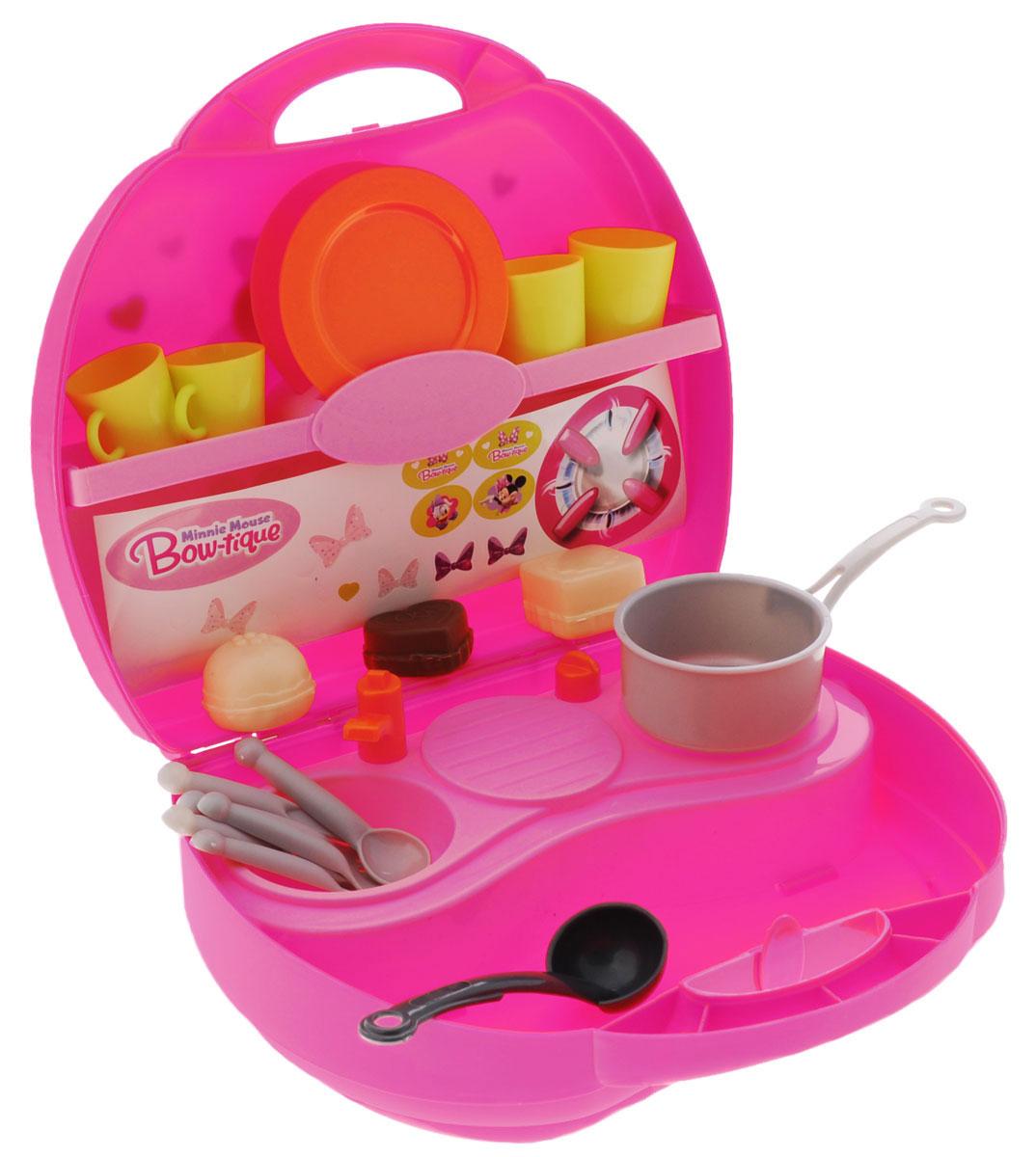 Smoby Игровой набор Мини кухня Minnie24066Игровой набор Smoby Мини кухня Minnie станет отличным подарком для девочки! Мини кухня помещается в розовом пластиковом чемоданчике с ручкой. На кухне есть одноконфорочная плита, раковина с краном, сушилка для посуды, а также две полки - для продуктов и посуды. Кроме того, в набор входят кастрюля, половник, 3 пирожных, тарелки, чашки, вилки, ножи и ложки. Теперь малышка сможет накормить свои игрушки в любой момент!