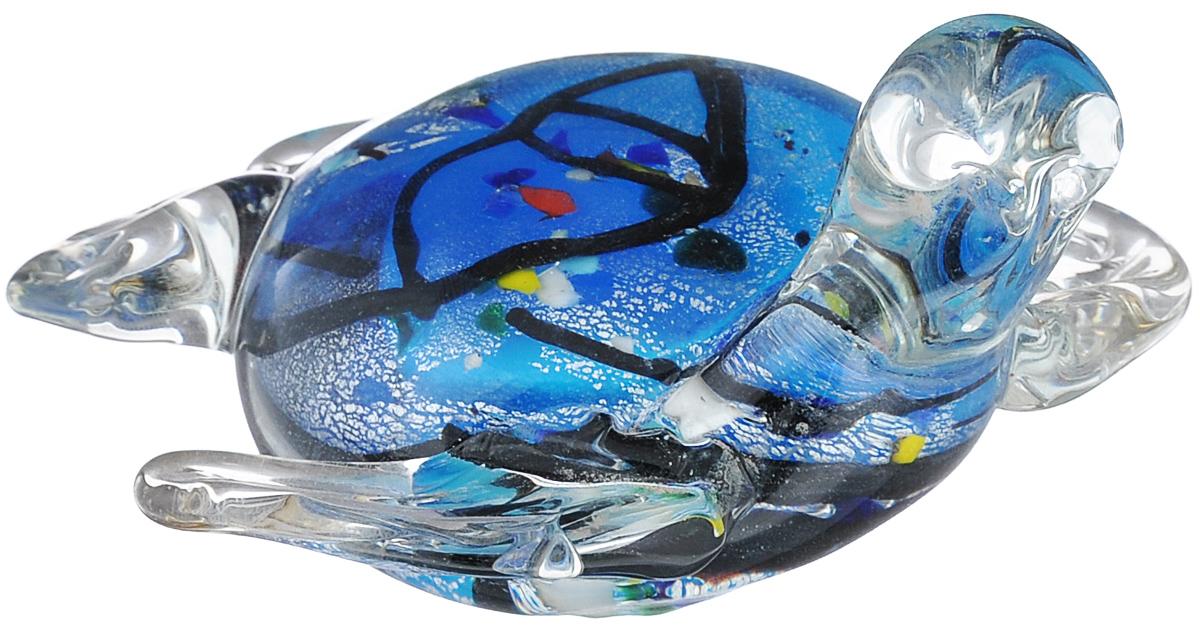 Фигурка декоративная Феникс-презент Черепаха, 10 см х 9 см х 5,5 смФ21-1538Очаровательная фигурка Феникс-презент Черепаха станет оригинальным подарком для всех любителей стильных вещей. Она выполнена из высококачественного стекла в виде черепашки. Изысканный сувенир станет прекрасным дополнением к интерьеру. Вы можете поставить фигурку в любом месте, где она будет удачно смотреться.