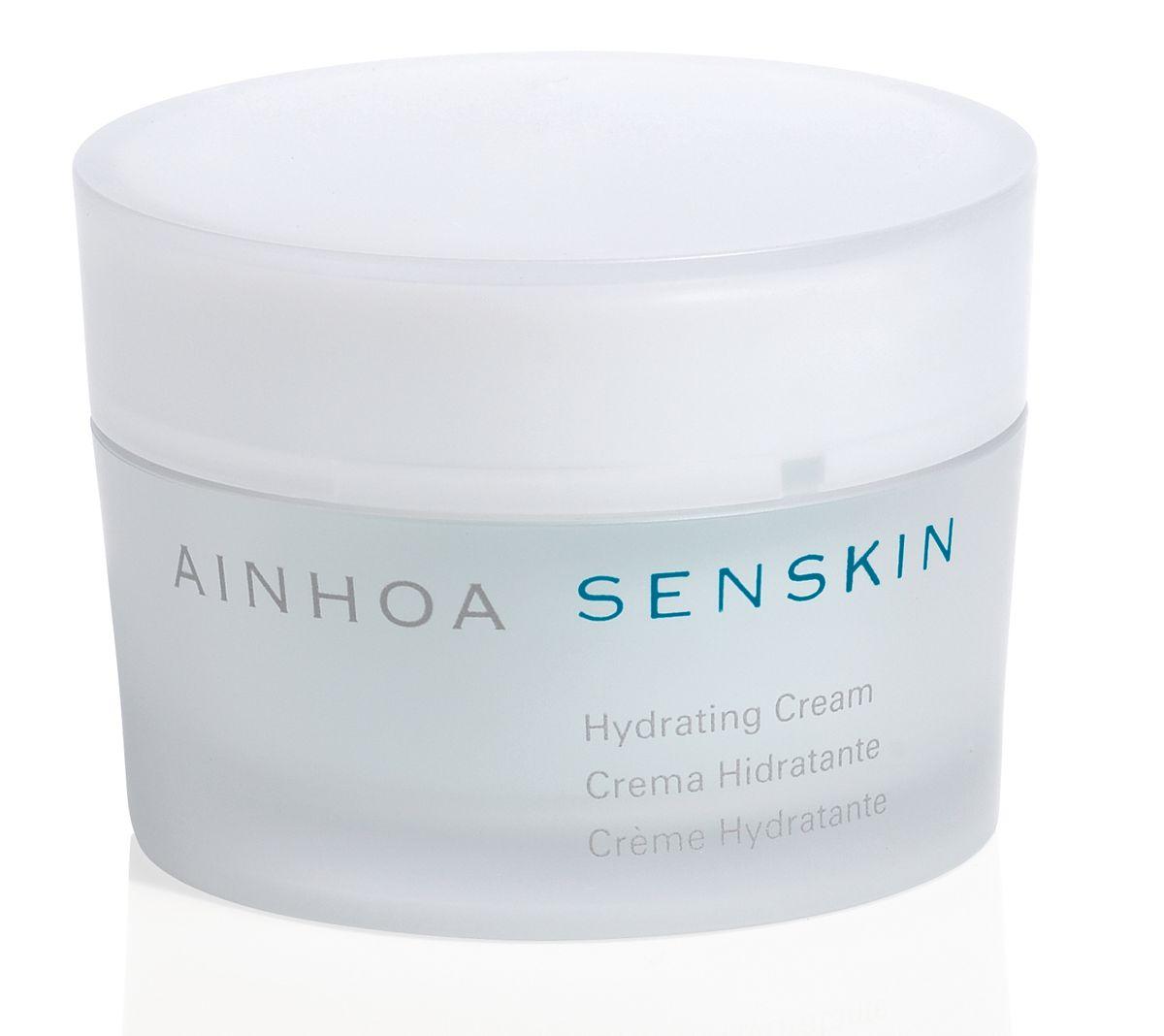 Ainhoa Senskin Крем для лица увлажняющий дневной, с азуленом, 50 млR1832Дневной крем для нежной чувствительной кожи мгновенно увлажняет, устраняет покраснения и шелушения, придает коже нежность и ощущение комфорта. В составе крема – коктейль из растительных экстрактов ромашки, липы, гамамелиса, которые успокаивают кожу и защищают от негативных факторов окружающей среды. Активные компоненты: экстракты овса, зверобоя, конского каштана, мальвы, липы, мяты, тысячелистника и гамамелиса, бисаболол, азулен, салициловая кислота. Способ применения: нанести утром на очищенную кожу.