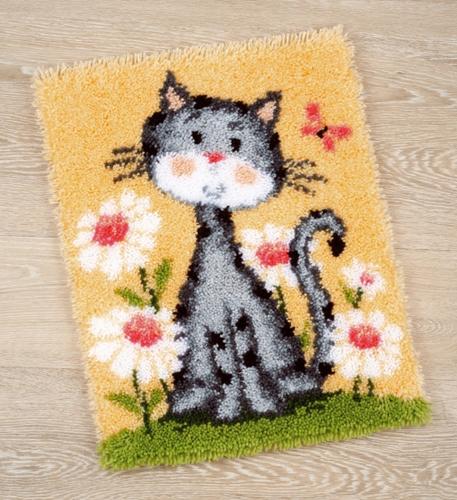 Набор для вышивания коврика Vervaco Кошка в цветах, 43 см х 53 см697509Набор для вышивания Vervaco Кошка в цветах поможет вам создать свой личный шедевр - красивую картину, вышитую в ковровой технике. Такая картина станет прекрасной заготовкой для декоративного коврика, который будет выглядеть всегда стильно и модно. Вышивание отвлечет вас от повседневных забот и превратится в увлекательное занятие! Работа, сделанная своими руками, создаст особый уют и атмосферу в доме и долгие годы будет радовать вас и ваших близких, а подарок, выполненный собственноручно, станет самым ценным для друзей и знакомых. В набор входит: - расписанный вручную цветным рисунком грубоволнистый страмин (52% хлопок, 48% полиэстер), - нарезанные петли (100% акриловые нитки), - крючок для вязания узлов, - подробная инструкция на русском языке. УВАЖАЕМЫЕ КЛИЕНТЫ! Обращаем ваше внимание, на тот факт, что оборотная сторона подуши и наполнитель в комплект не входят, а служит для визуального...