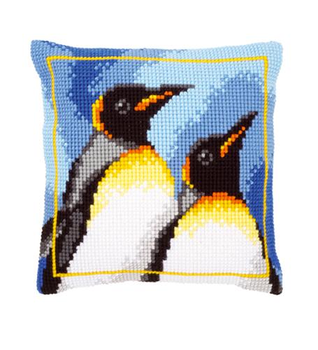 Набор для вышивания подушки Vervaco Королевские пингвины, 40 см х 40 см7713331Набор для вышивания Vervaco Королевские пингвины поможет вам создать свой личный шедевр - красивую декоративную подушку, вышитую на канве в технике печатный крест. Такая картина станет прекрасной заготовкой для декоративной подушки, которая будет выглядеть всегда стильно и модно. Вышивание отвлечет вас от повседневных забот и превратится в увлекательное занятие! Работа, сделанная своими руками, создаст особый уют и атмосферу в доме и долгие годы будет радовать вас и ваших близких, а подарок, выполненный собственноручно, станет самым ценным для друзей и знакомых. В состав набора входит: - страмин с нанесенным цветным рисунком (100% хлопок), - толстая пряжа акрил (10 цветов), - игла, - инструкция на русском языке. Размер страмина: 44 см х 48 см. УВАЖАЕМЫЕ КЛИЕНТЫ! Обращаем ваше внимание, на тот факт, что оборотная сторона подушки и наполнитель в комплект не входит, а служит для визуального...