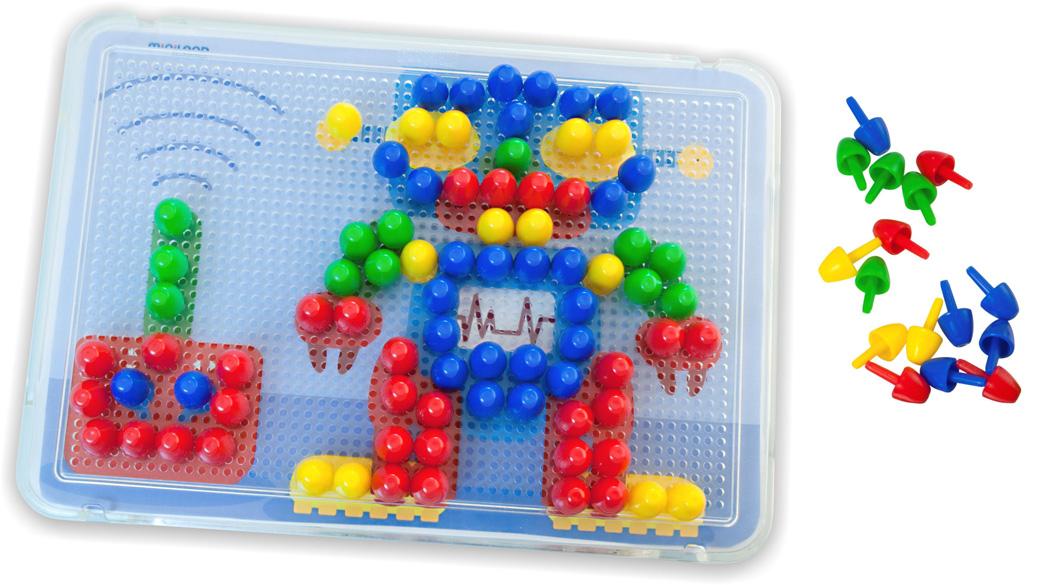 Miniland Мозаика, 15 мм (160 элементов, 6 картинок)31805В отличие от подобных обычных игрушек-мозаик, прозрачная игровая доска позволяет помещать под ней пластинки-модели и копировать их на доске с помощью фишек. Пластинки очень тонкие, и в то же время очень крепкие. Пластинки–модели выполнены из качественного пластика или картона, и уже получили хорошую оценку педагогов, которые использовали их для игр с детьми. Развивает: мелкую моторику рук, творческое воображение, произвольное внимание