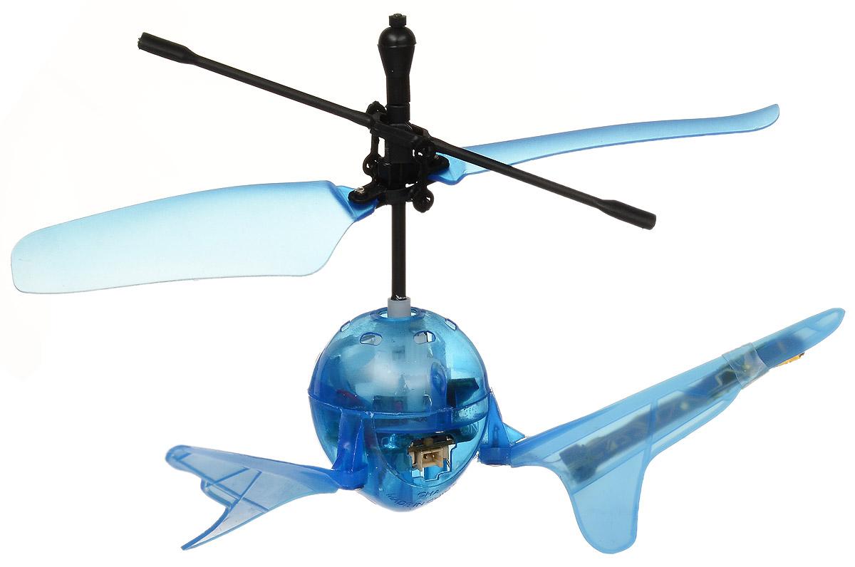 Властелин небес Радиоуправляемая игрушка Супер-светлячок цвет голубойBH 1201Радиоуправляемая игрушка Властелин небес Супер-светлячок поразит ваше воображение и обязательно привлечет внимание вашего ребенка. Игрушка выполнена из прочного пластика с элементами из металла. У модели необычная округлая форма и яркие световые эффекты во время полета, поэтому она действительно похожа на светлячка. Игрушка может работать в обычном режиме на инфракрасном управлении и переключаться на сенсорное управление. Во время полета может зависать в воздухе. В темноте изделие выглядит просто потрясающе. Дальность управления - до 10 метров. Полностью заряженная игрушка работает 5-8 минут. Радиоуправляемая игрушка развивает многочисленные способности ребенка - мелкую моторику, пространственное мышление, реакцию и логику. Для работы пульта рекомендуется докупить 3 батарейки типа AG13 (товар комплектуется демонстрационными), для работы зарядного устройства необходимы 8 батареек напряжением 1,5V типа АА (в комплект не входят), игрушка...