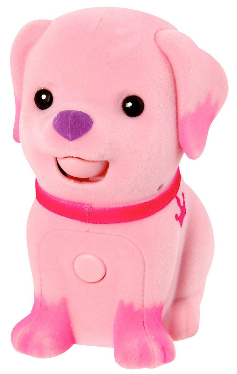 Moose Интерактивная игрушка Щенок цвет розовыйpink_dog/ast28152 (28156, 28157, 28158, 28159, 28160, 28161)Интерактивная игрушка Moose Щенок без сомнения заинтригует детей, которые очень любят животных. Игрушка выполнена из прочных материалов, обладает интересным окрасом и особенным характером. На груди у щенка находится управляющая кнопка, если на нее нажать и удерживать, то песик воспроизведет все, что услышит. Если нажать кнопку и отпустить, то собачка будет гавкать в ответ, а если ваш малыш погладит спинку щенка, то он радостно залает. Выключатель находится на брюшке. Для работы необходимы 2 батарейки типа АА(в комплект не входят).