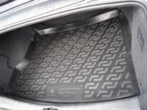 Коврик в багажник Opel Vectra C sd (02-) полиуретан0111020101Коврики производятся индивидуально для каждой модели автомобиля из современного и экологически чистого материала, точно повторяют геометрию пола автомобиля, имеют высокий борт от 4 см до 6 см., обладают повышенной износоустойчивостью, антискользящими свойствами, лишены резкого запаха, сохраняют свои потребительские свойства в широком диапазоне температур (-50 +80 С).