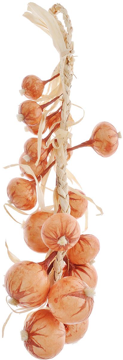 Муляж Лук в связке, цвет: оранжевый, 60 смOO60Муляж Лук в связке изготовлен из полиуретана, окрашен в естественные цвета. Предназначен для украшения интерьера дома. Длина связки: 60 см.