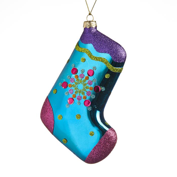 Новогоднее подвесное украшение Its a Happy Day Носок, высота 13,566536Новогоднее подвесное украшение Its a Happy Day Носок, выполненное в виде носка, изготовлено из стекла и декорировано блестками. Изделие оснащено петелькой для подвешивания. Такое украшение прекрасно оформит интерьер дома или станет замечательным подарком для друзей и близких на Новый год.