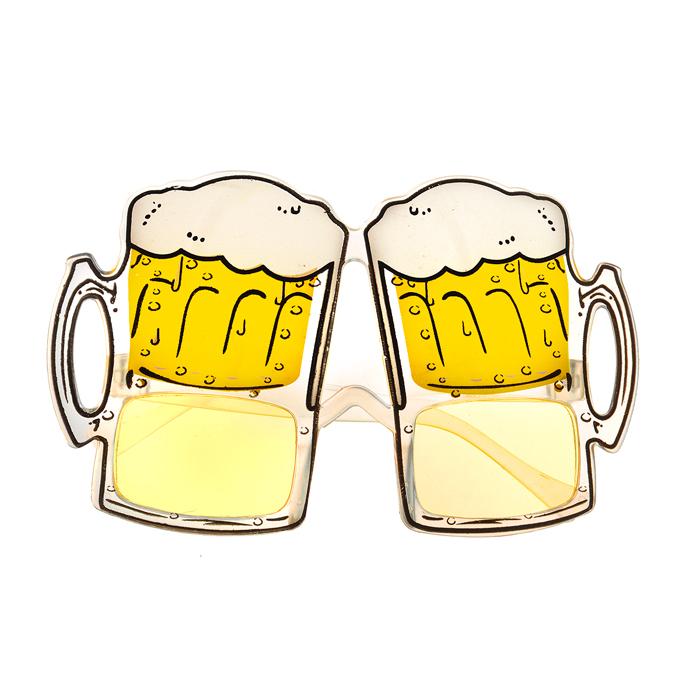 Очки карнавальные Lunten Ranta Праздничные, цвет: желтый66194_1Карнавальные очки с линзами желтого цвета Lunten Ranta Праздничные помогут создать яркий маскарадный образ и подарят веселое праздничное настроение. Очки выполнены из пластика с дизайном в виде кружек с пивом. Если у вас намечается веселая вечеринка или маскарад, то такие очки легко помогут создать праздничную атмосферу. Внесите нотку задора и веселья в ваш праздник. Веселое настроение и масса положительных эмоций будут обеспечены!
