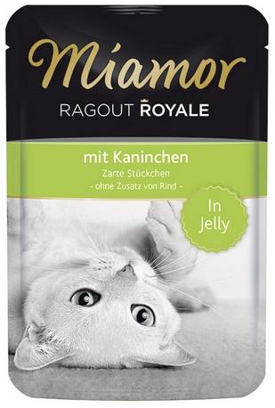 Консервы для кошек Миамор Королевское Рагу кролик в желе, 100 г74055Миамор королевское рагу - это нежные кусочки, приготовленные в изысканном желе. Производятся по особой щадящей технологии для сохранения витаминов с высокой долей мяса домашних животных. Миамор - это полноценный повседневный корм для кошек и котов, который очень легко усваивается. Не содержит сои, красителей и ароматизаторов, за то содержит множество полезных веществ, например магний, который необходим для здоровья кошек. Условия хранения: комнатная температура в закрытом виде, после вскрытия до 2 дней в холодильнике. Особенности: Натуральные компоненты; Без сои, красителей, ароматизаторов, костной муки; Без консервантов Состав: Кролик;Птица;Витамины