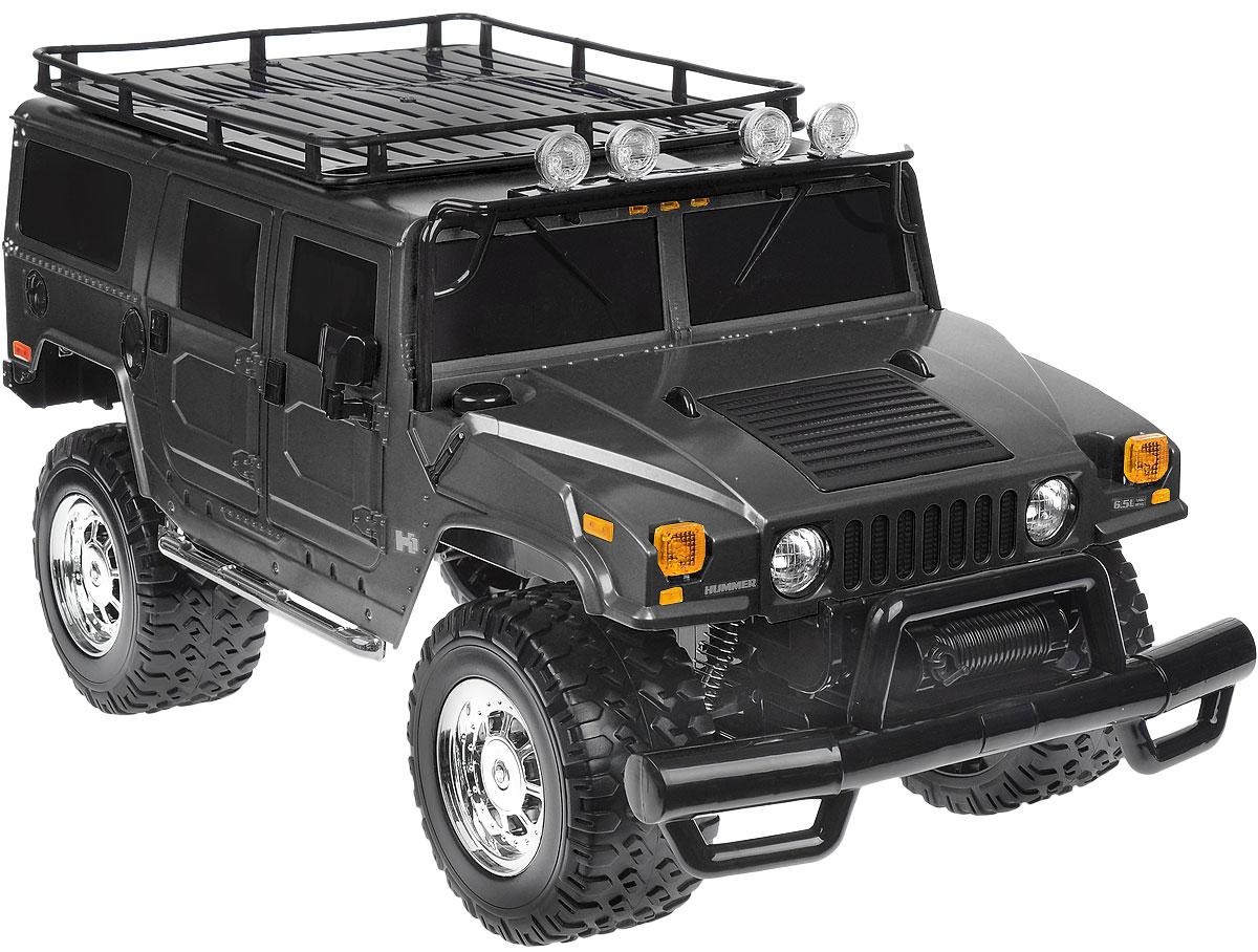 Rastar Радиоуправляемая модель Hummer H1 Suv цвет черный28600Радиоуправляемая модель Rastar Hummer H1 Suv станет отличным подарком любому мальчику! Все дети хотят иметь в наборе своих игрушек ослепительные, невероятные и крутые автомобили на радиоуправлении. Тем более, если это автомобиль известной марки с проработкой всех деталей, удивляющий приятным качеством и видом. Одной из таких моделей является автомобиль на радиоуправлении Rastar Hummer H1 Suv. Это точная копия настоящего авто в масштабе 1:6. Возможные движения: вперед, назад, вправо, влево, остановка. Имеются световые эффекты. Пульт управления работает на частоте 40 MHz. Игрушка работает на сменном аккумуляторе (входит в комплект). Для работы пульта управления необходима 1 батарейка 9V (6F22) (не входит в комплект).